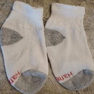 Hanes Accessories - NWOT - Lot of 10 pairs Boys Ankle Socks